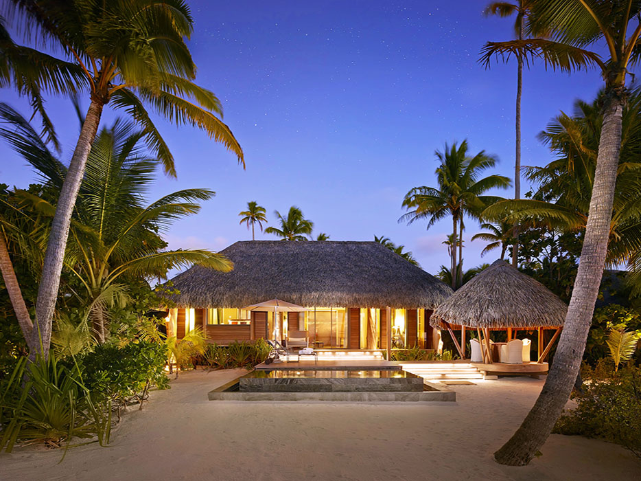 Review: The Brando The Island Of Your Dreams