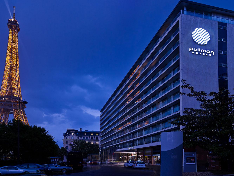 Pullman paris tour eiffel hotel news luxury travel diary for Hotels tours