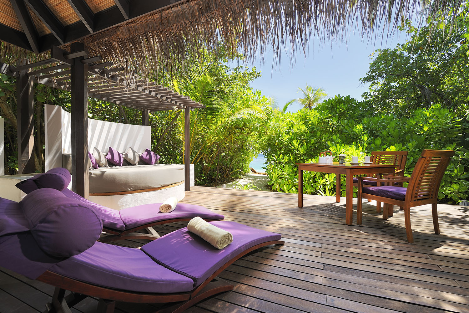 Coco Bodu Hithi Review