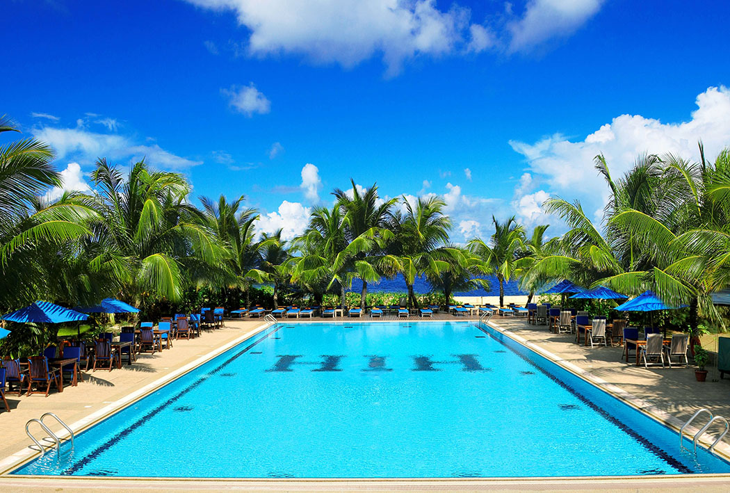 Hulhule Island Hotel, Maldives Review