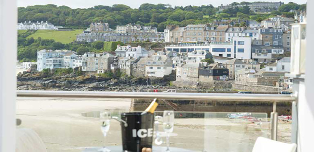 St Ives House Review, St Ives