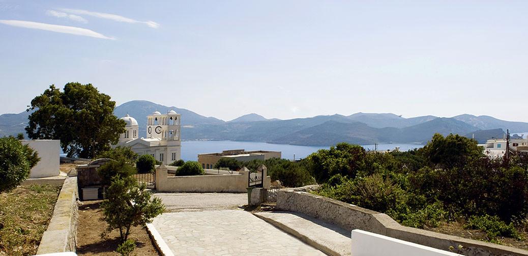 Eiriana Luxury Suites Review, Milos Island