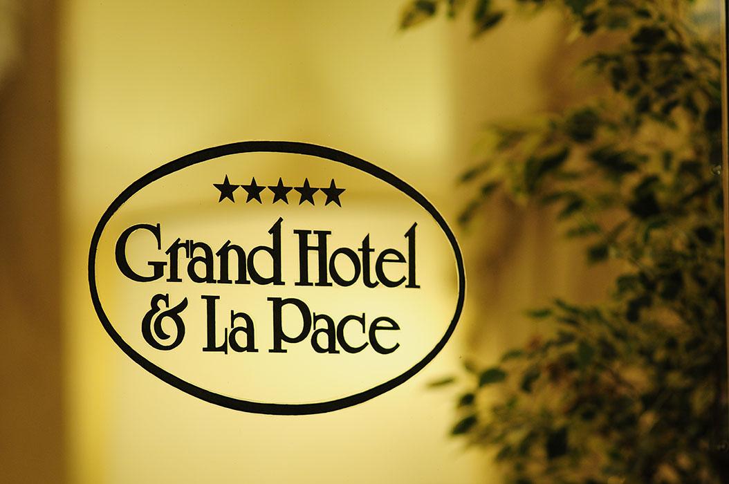 Grand Hotel & La Pace Near Florence