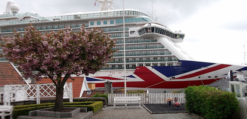 Britannia Cruise Ship Review