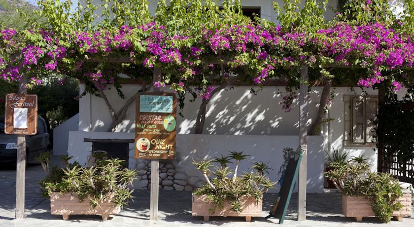 Villea Village Review, Crete
