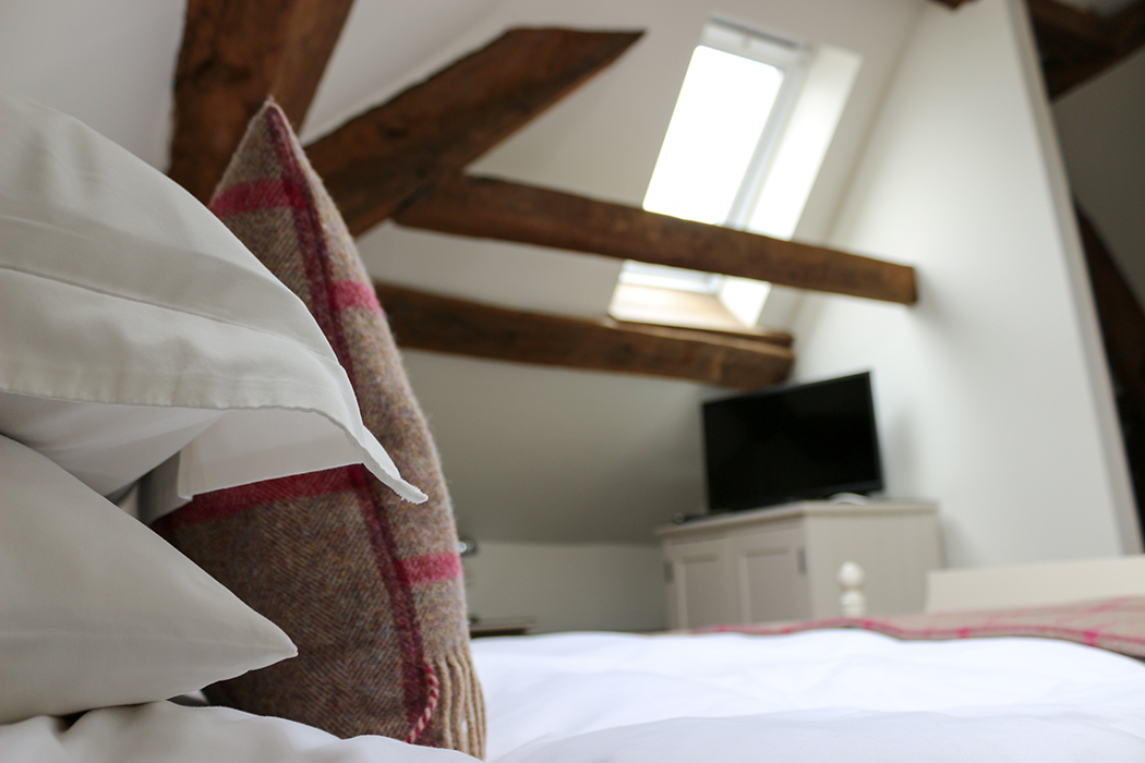 Tudor Farmhouse Review, Cotswolds