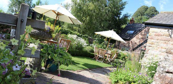Tudor Farmhouse Review, Cotswolds