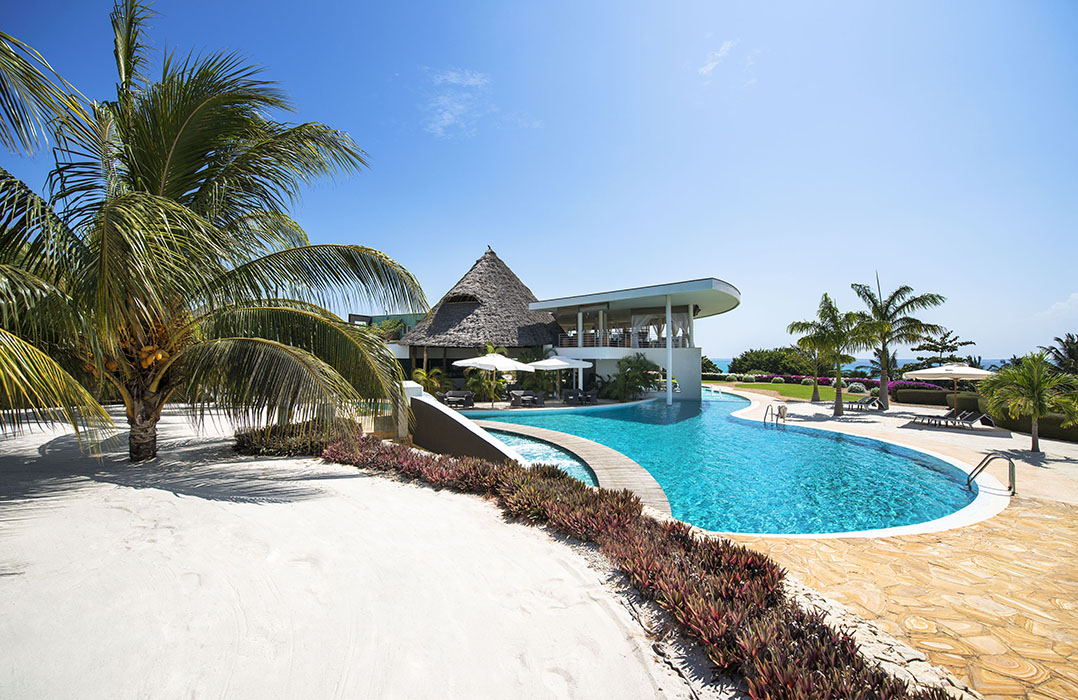 Diamonds star of the east review zanzibar hotels for Canape zanzibar