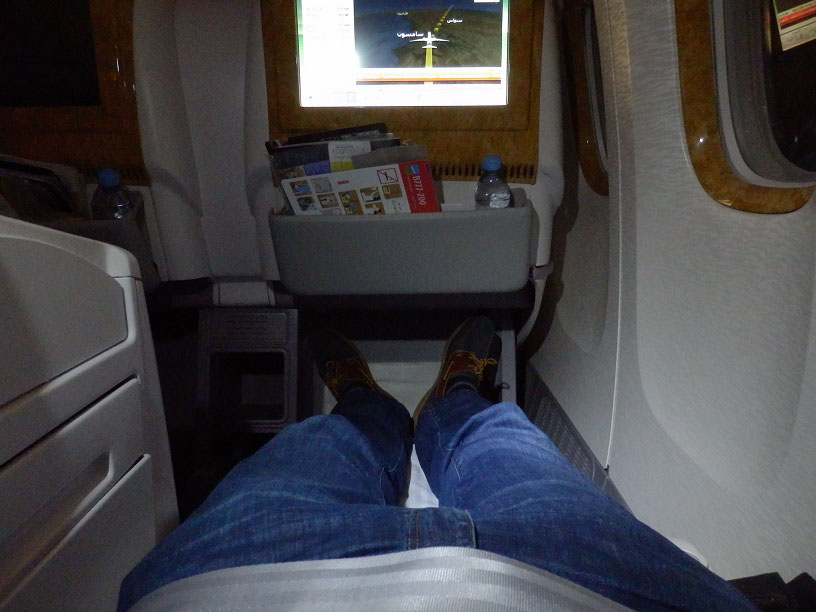 Emirates B777-200LR Business Class Review
