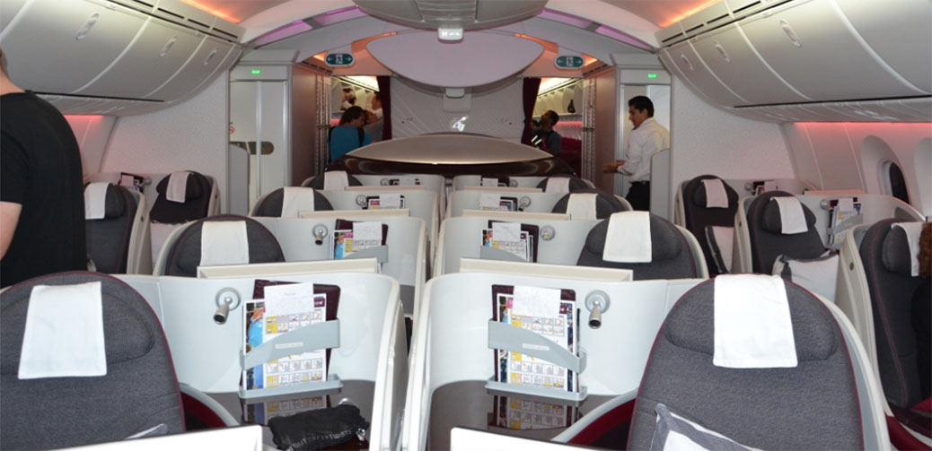 Qatar Airways B787 Amsterdam to Doha Business Class Review