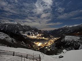 7 nights of Skiing at Hotel Moizi, Sondrio, Italy