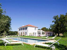 3 nights in a luxury villa in Aix en Provence, France