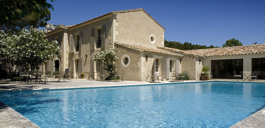 Benvengudo hotel baux de provence south of france for Hotel luxe france