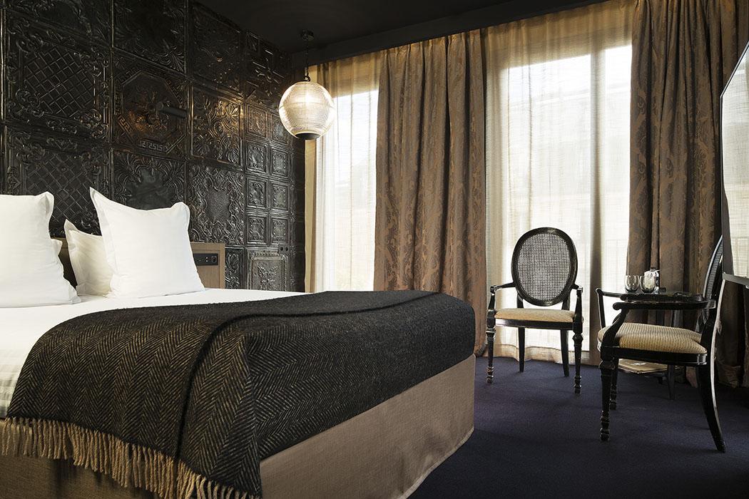h tel eug ne boutique luxury in paris hotels. Black Bedroom Furniture Sets. Home Design Ideas