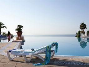 7 Luxury nights for 4 On Cote D'Azur Near Monaco