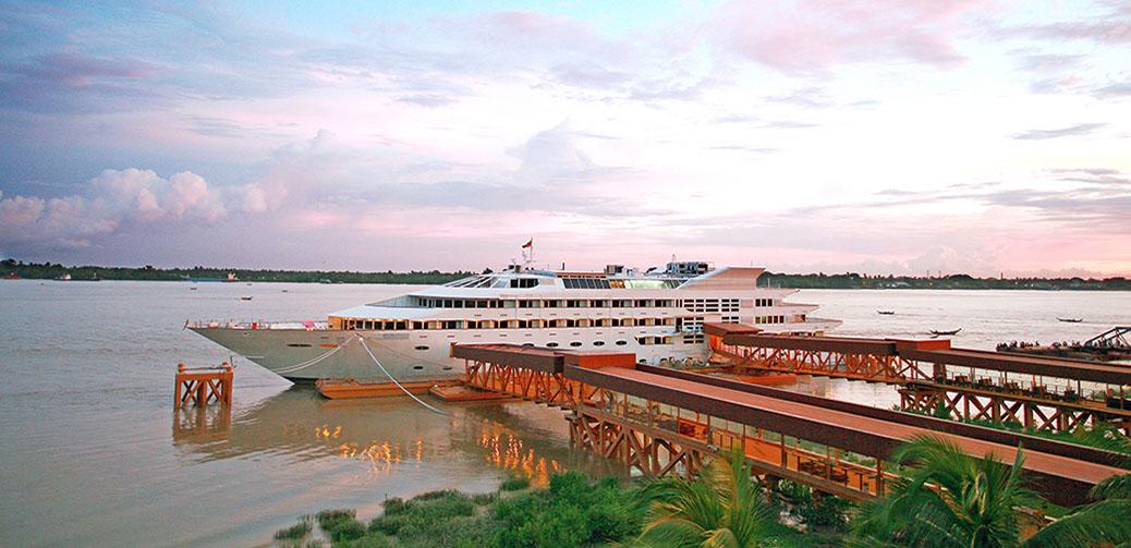 The Vintage Luxury Yacht Hotel, Myanmar