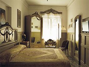 2 nights at Luxury Villa Laetitia, Rome, Italy