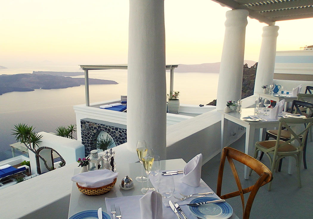 Review Of The Iconic Santorini, A Boutique Cave Hotel