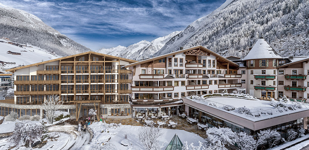 Live Like James Bond At Das Central In Sölden