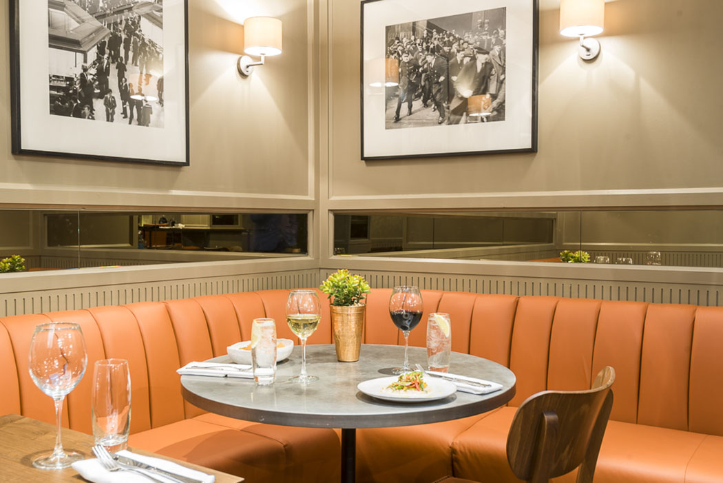 London Capital Club Opens Tavern At 15