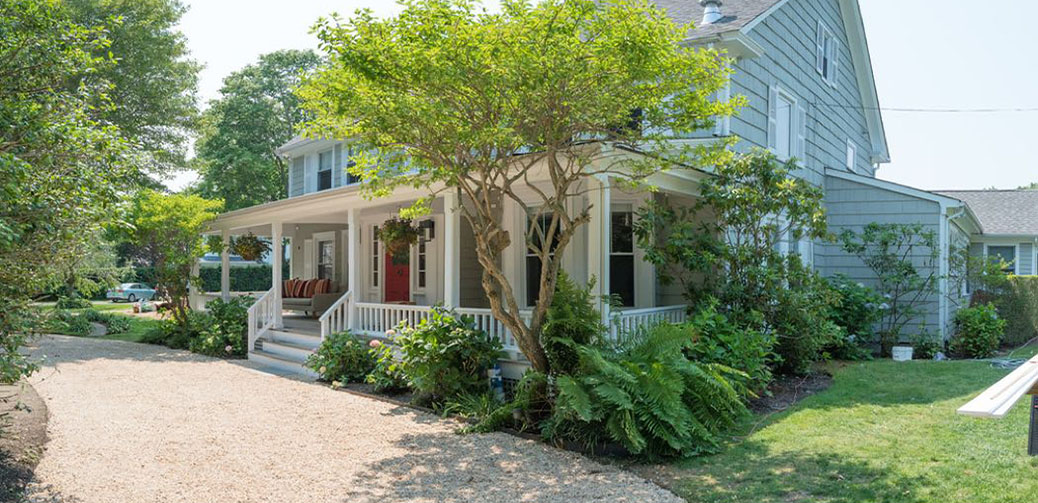 Review Of White Fences Water Mill In The Hamptons