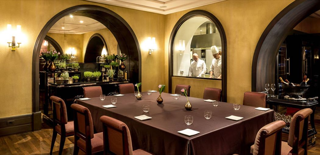 Magnolia Restaurant At Grand Hotel Via Veneto In Rome