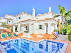 5 nights for 8 guests at Luxury Villa Rosal, Algarve (21-26 May)