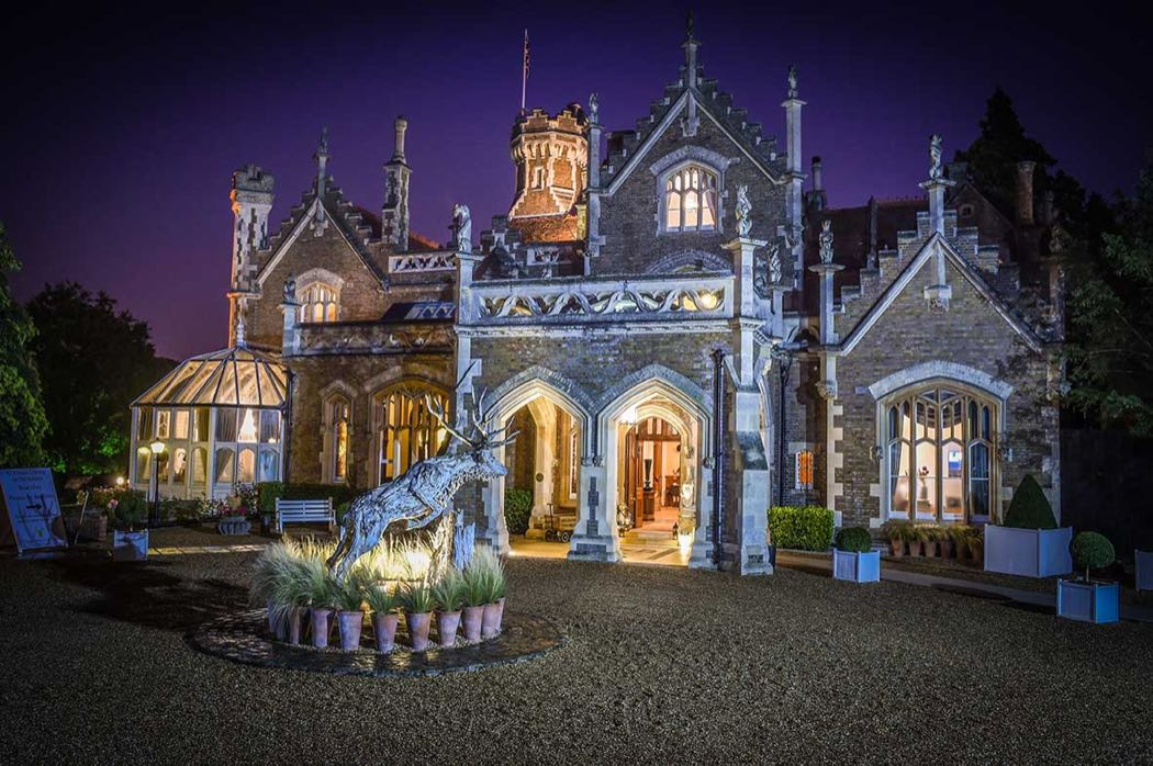 The Oakley Court Windsor – Luxury On The Banks Of The Thames