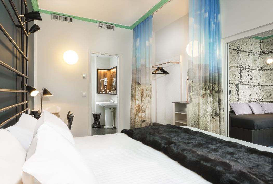 Best small luxury hotels in paris for valentines news for Designhotel paris