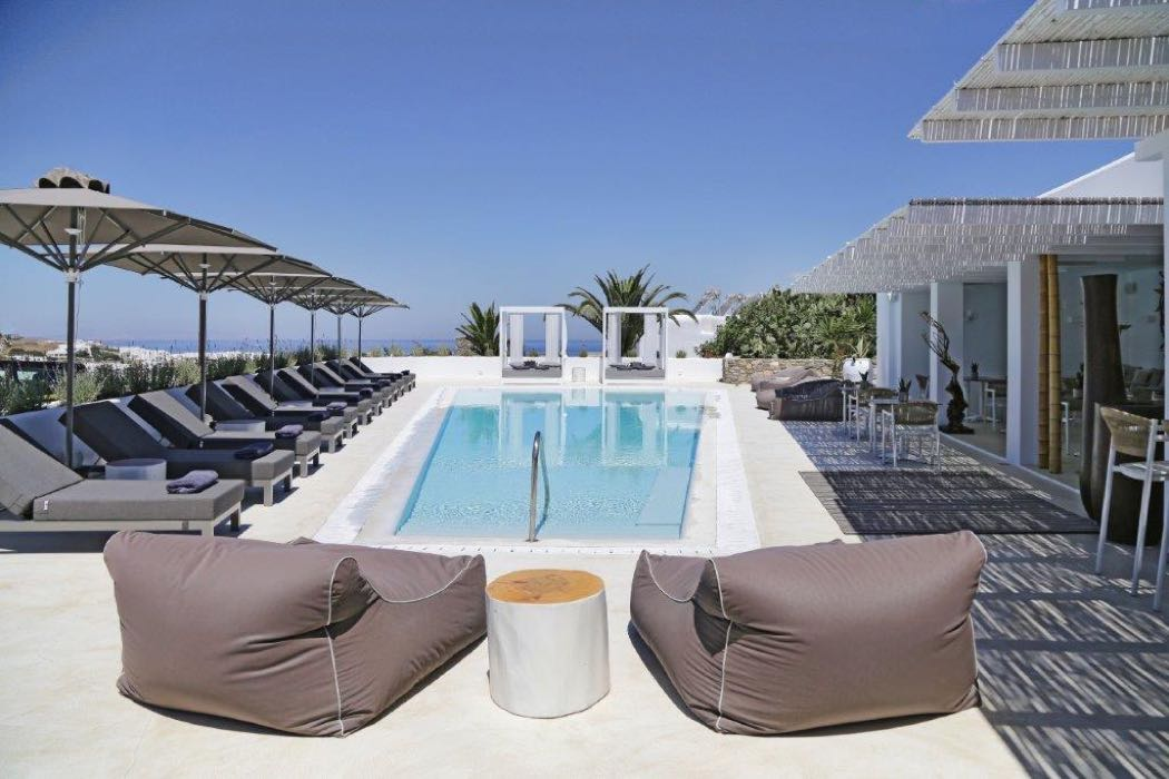 Boutique luxury at livin mykonos hotel hotels for Luxury hotel boutique