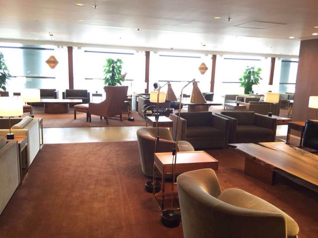 Review of The Pier First Class Lounge, Hong Kong Airport