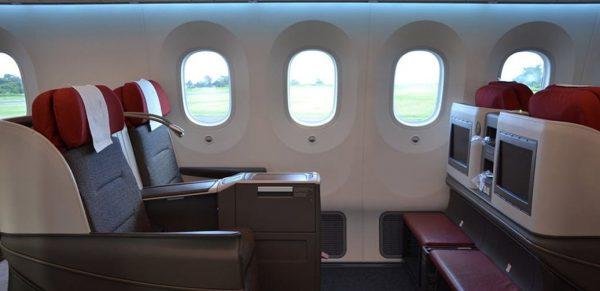 LATAM Boeing 787 Dreamliner Business Class Review