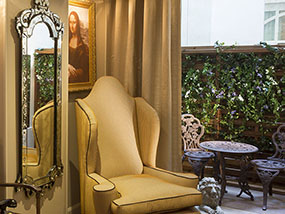2 nights at the chic and stylish Hotel Da Vinci, Paris