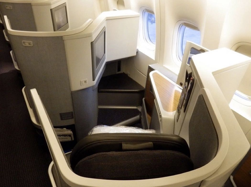 American Airlines B777 300er Business Class Review