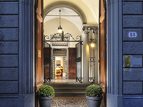Up to 3 nights at a Casa Howard Guest House in Rome/Florence