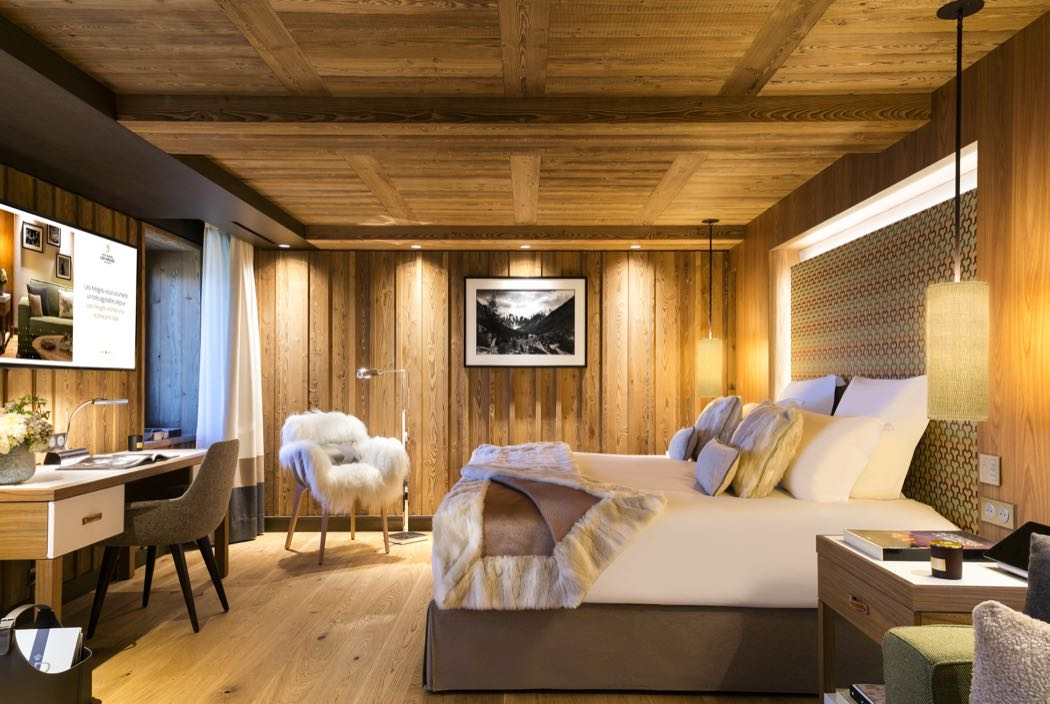 Top 3 New Chalets and Luxury Ski Hotels in Europe