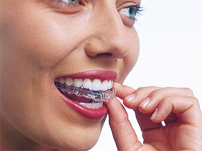 £500 Tooth Whitening at the Stonehealth Clinic, London