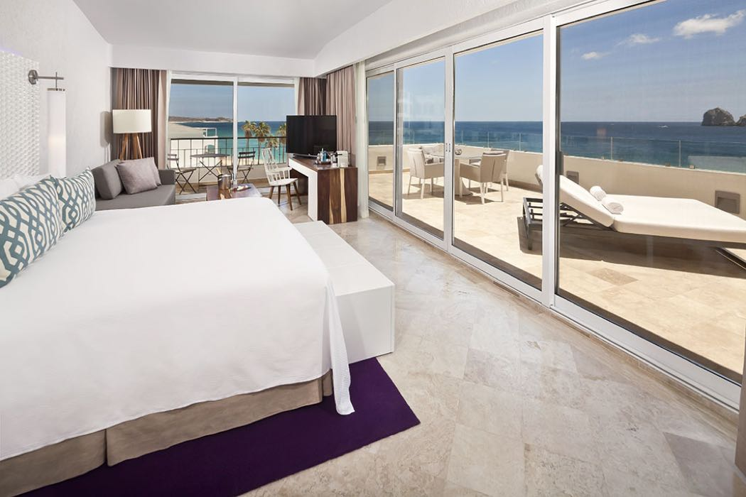 ME Cabo Review: A Hip Beach Hotel In Los Cabos