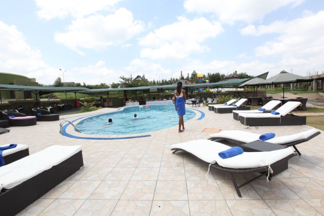 Review: Giraffe Ark Game Lodge in The Aberdare Ranges