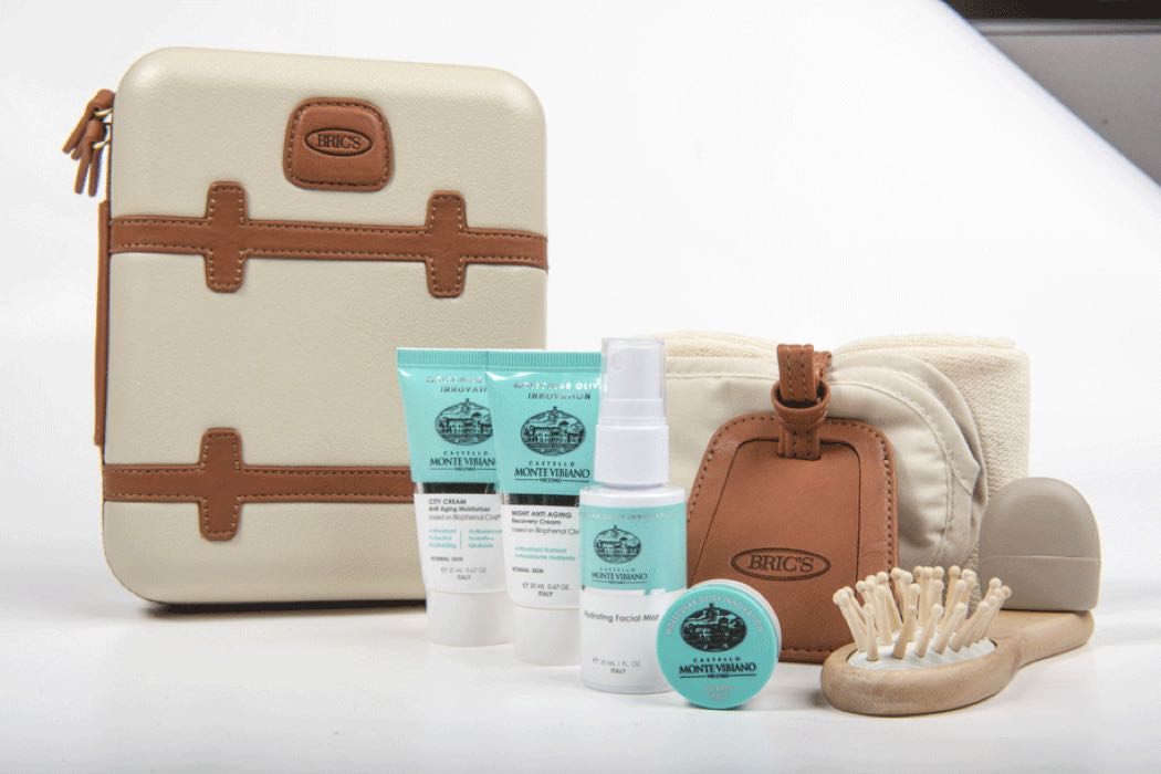 Pictures Of Qatar Airways New First & Business Class Amenity Kits