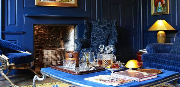 Oak House No.1 Boutique Hotel - A Celebrity Hang Out In The Cotswolds