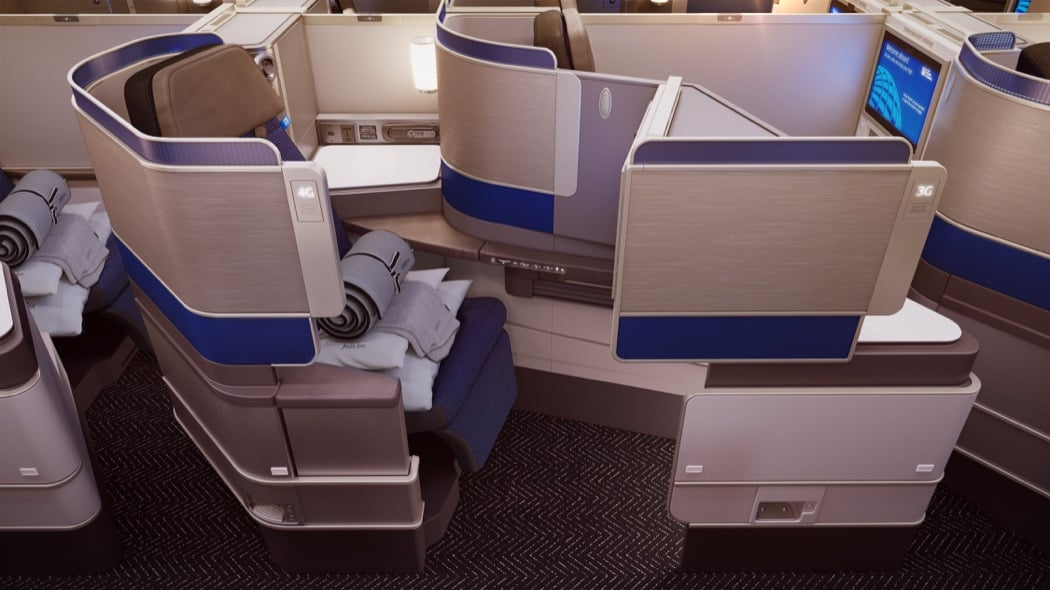 Review: United Polaris Business Class On The Boeing 777-300ER