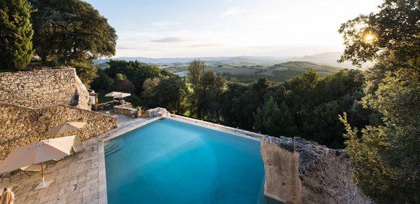 Review: Borgo Pignano in Tuscany, Italy