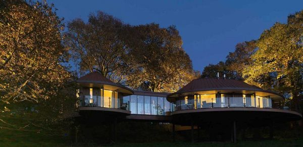 Review: Chewton Glen Spectacular Treehouse Rooms, England