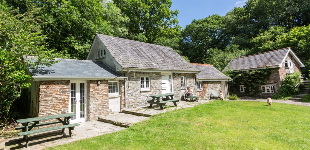 Review: Tresarran Cottages Cornwall – A Countryside Retreat