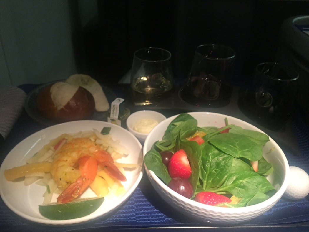 United Polaris 777-200 Business Class Cabin Review EWR To GRU
