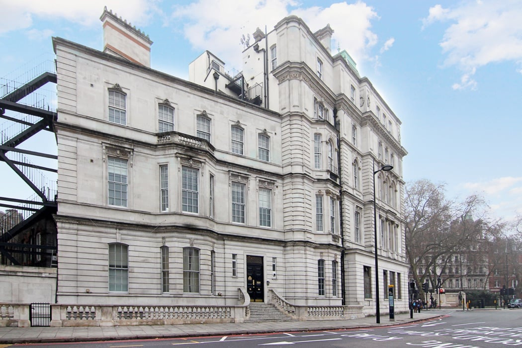 Review: The Grosvenor Exclusive Luxury Apartment In London