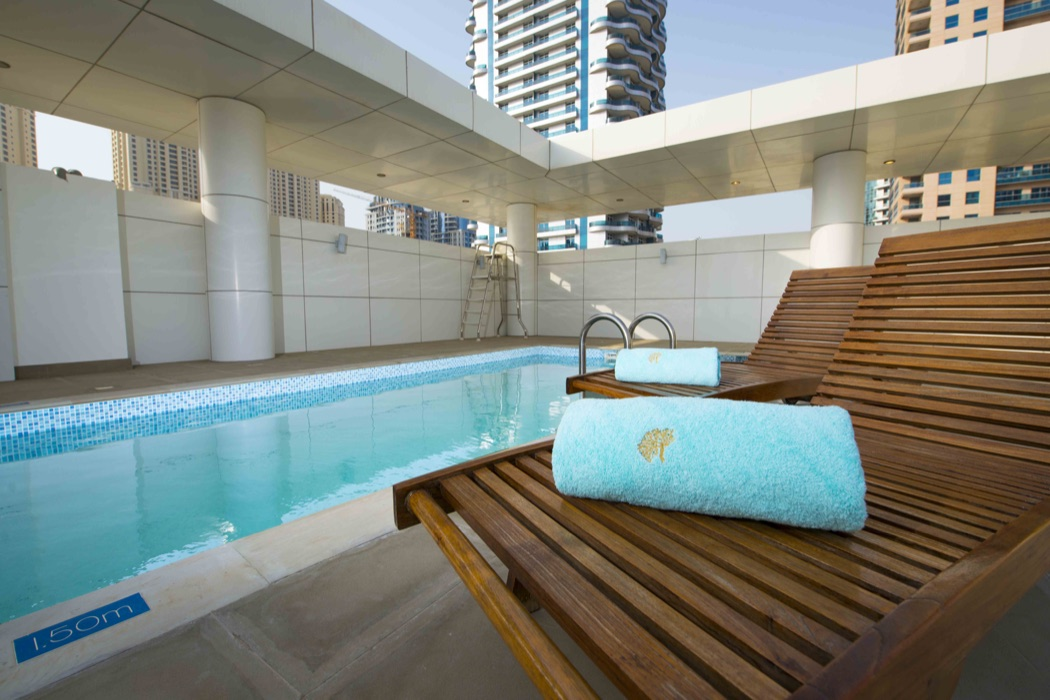 Review jannah place dubai marina in dubai uae hotels for Luxury hotels in dubai marina