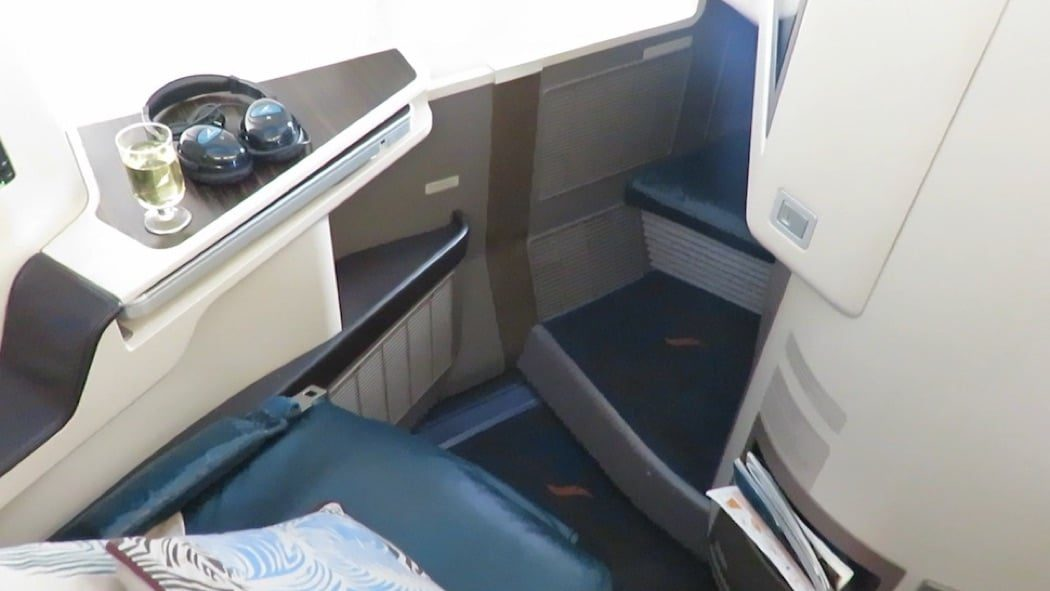 Flight Review: SriLankan Airlines Airbus A330-300 Business Class Maldives to Qatar