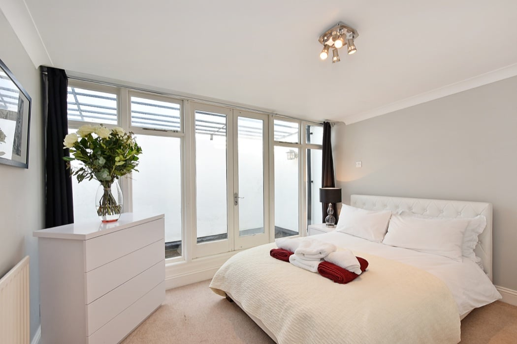 Review: The Elvaston Elegance Luxury Apartment In London